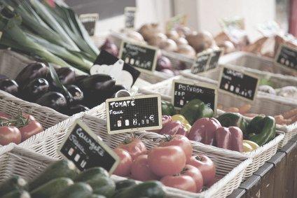 Gemüsestand auf provenzalischem Markt 2